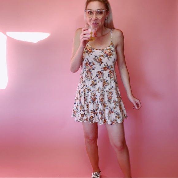 Forever 21 Dresses & Skirts - Forever 21 Floral Babydoll Mini Dress